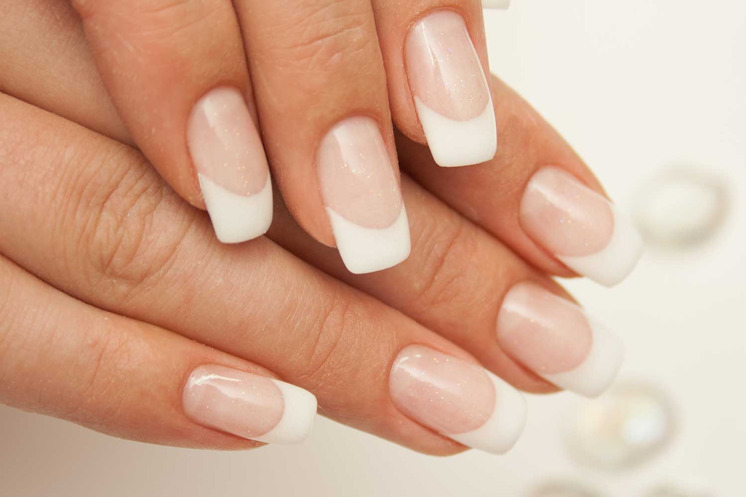 acrylic-nail-extensions-courses-north-east